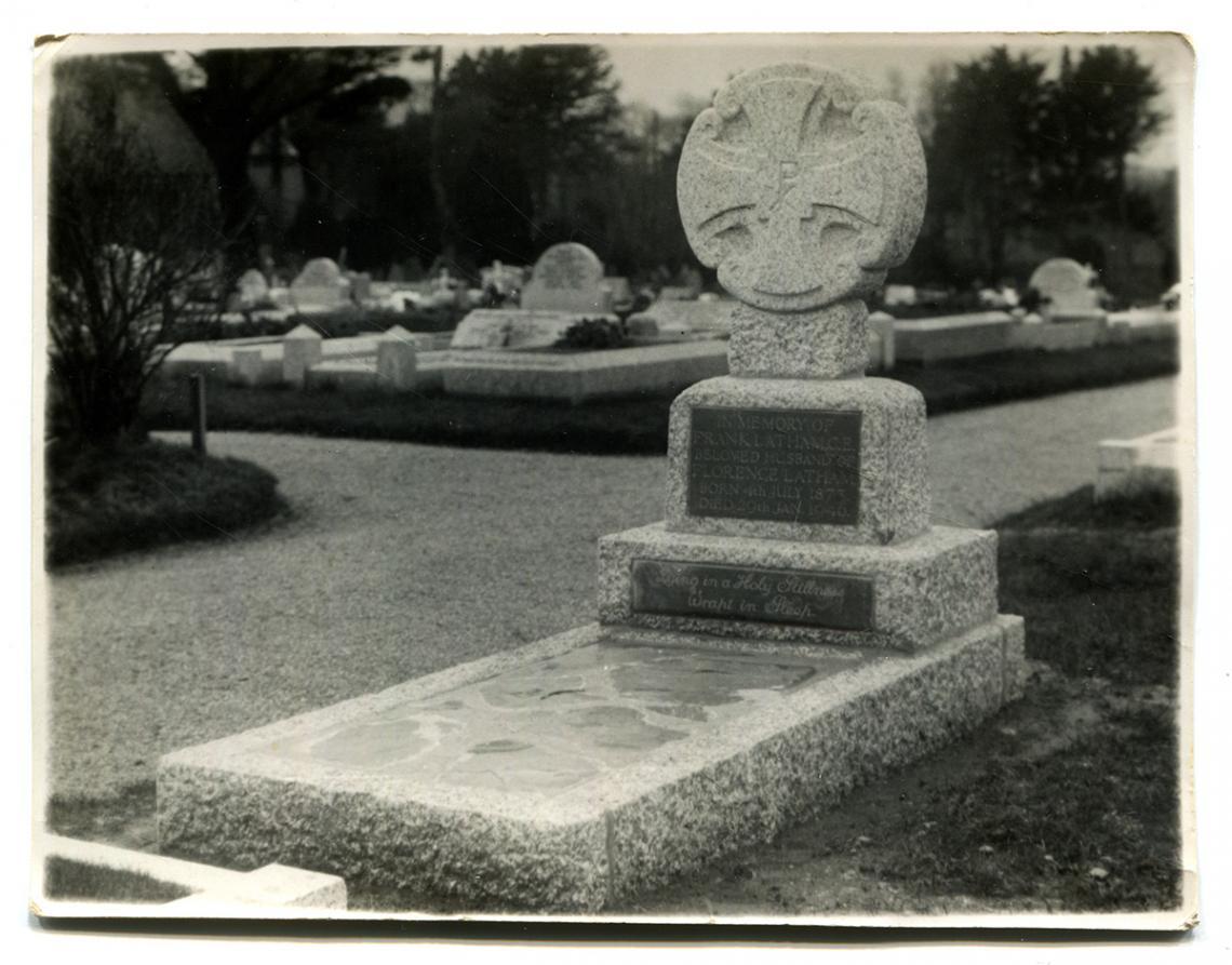 Frank Latham's grave