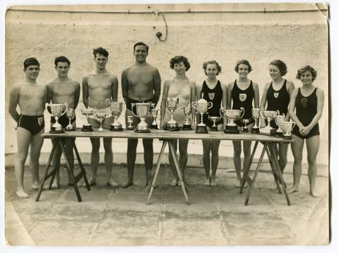 Mens swimming competition