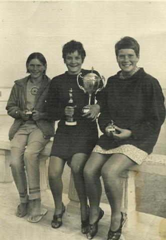 1967 Liz Jilbert 3rd in long distance swim with Liz Cooper, Andrea Kierl