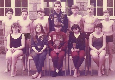 Liz Jilbert Lescudjack School swim team