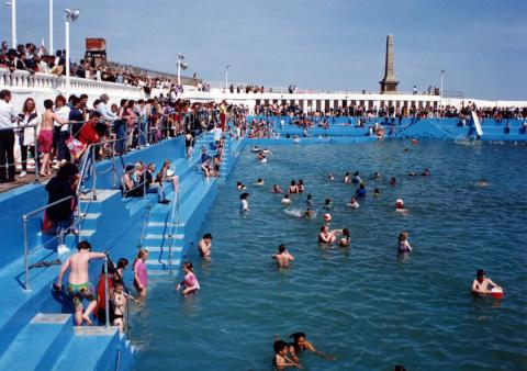 Crowds and swimmers at the 'Grand Re-opening' in 1994