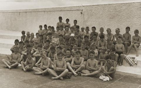 Children from St Paul's school at the Jubilee Pool