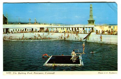 Swimmers at the Jubilee Pool with the raft