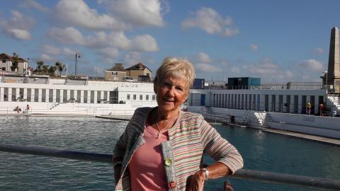 Wendy Hosken talks